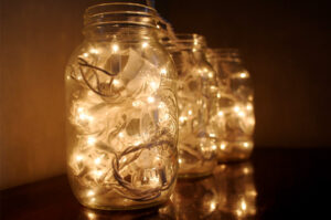 decorating-with-mason-jars-feature