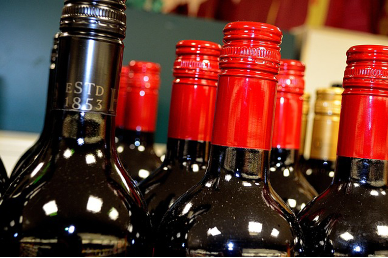 lighted-wine-bottles-for-any-occasion-feature